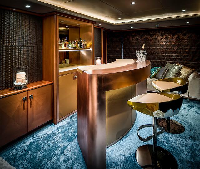 Mega yacht interior contemporaneo angolo bar for Angolo colazione contemporaneo