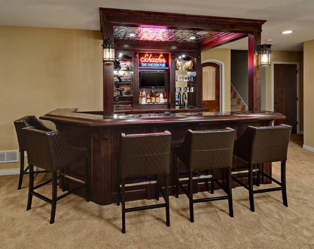 Minnetrista basement traditional home bar for Home bar design ideas