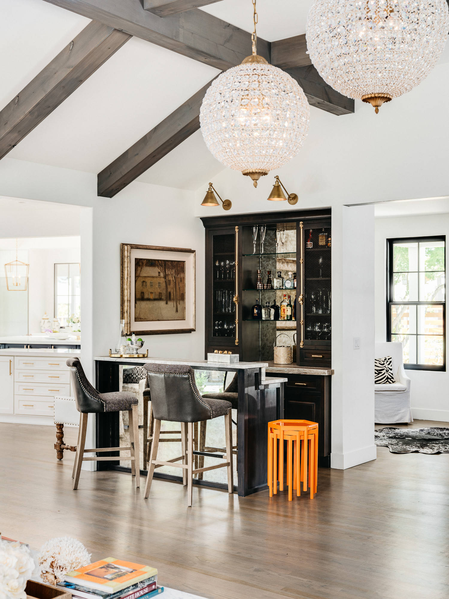75 Beautiful Home Bar With Black Cabinets Pictures Ideas October 2020 Houzz