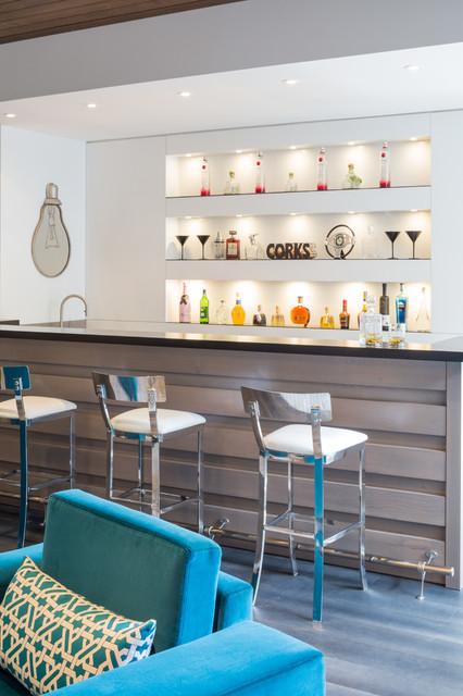 Modern oasis contemporaneo angolo bar toronto di for Angolo colazione contemporaneo