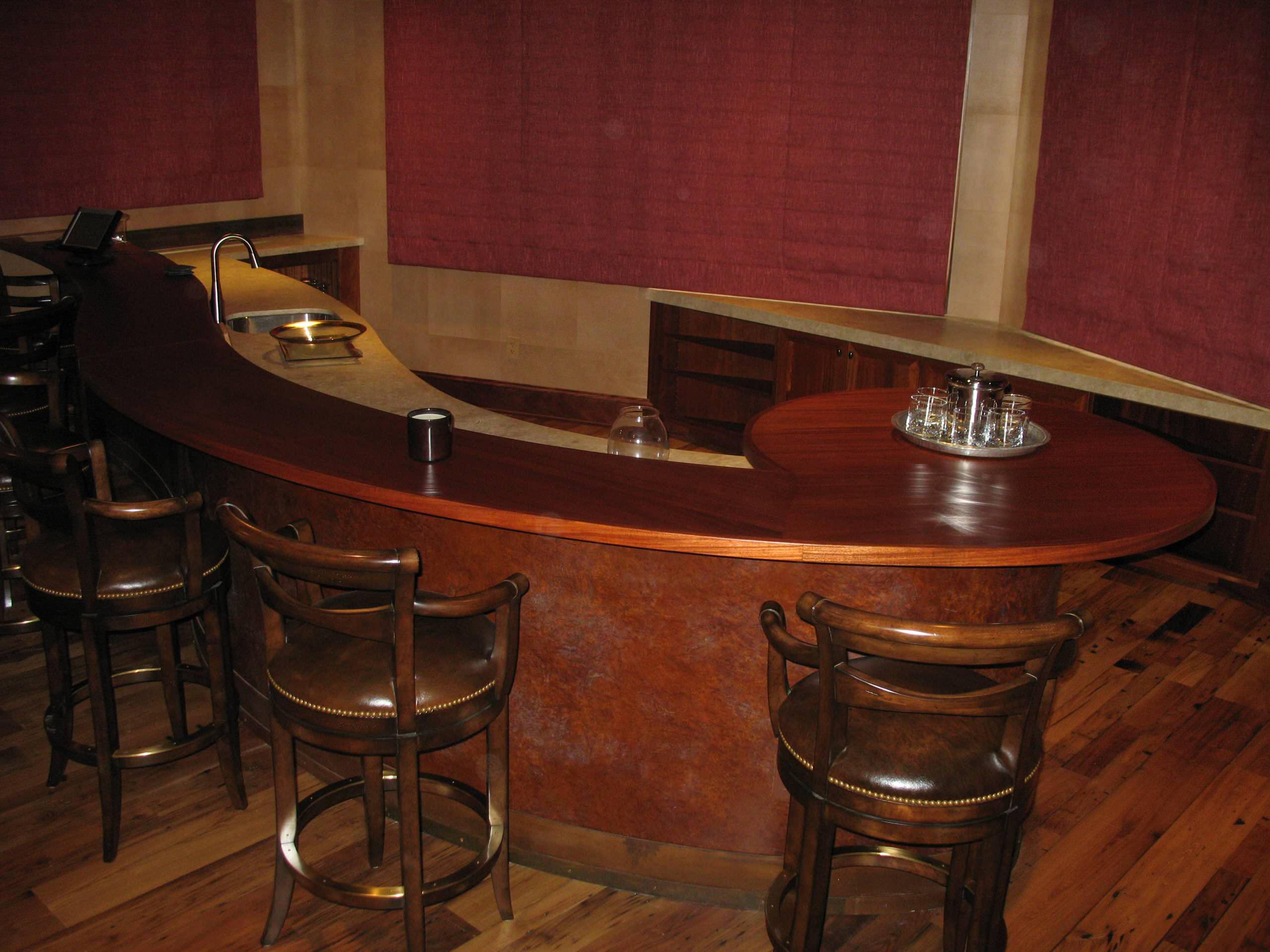 Mountain Bar and Gamesroom