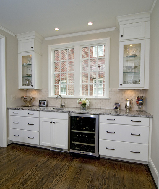 Modern Kitchen Color Choices: Norcraft Custom Color