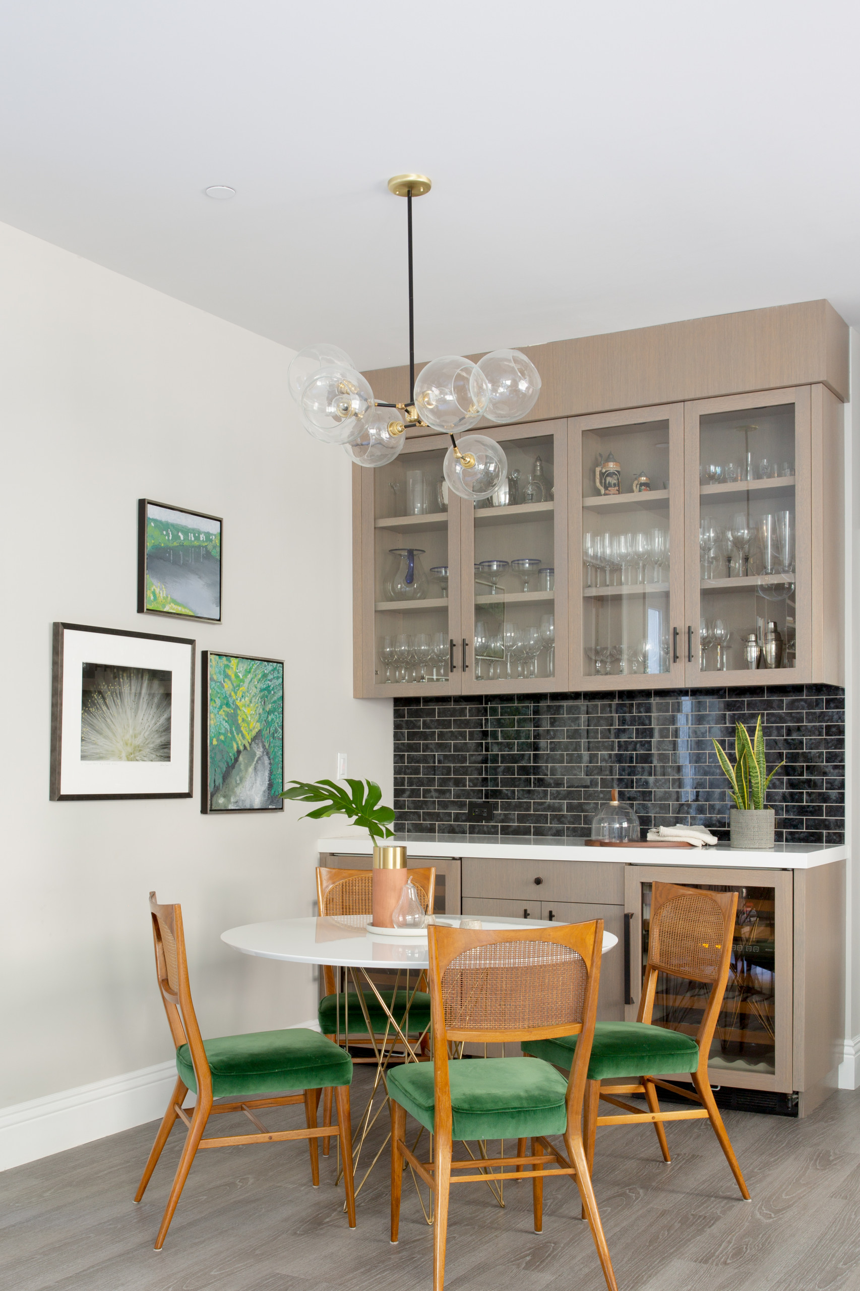 75 Beautiful Single Wall Home Bar Pictures Ideas December 2020 Houzz