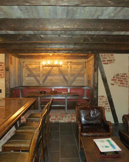 Home Bar Construction: Riverside Italianate