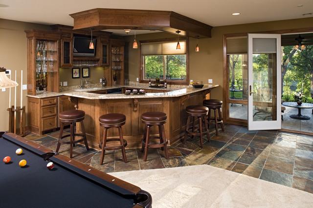 Royal Oaks Design, Inc. traditional-family-room