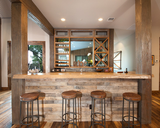 Rustic flying j home r stico bar en casa austin de - Barras de bar para salon de casa ...