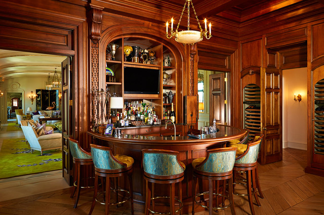The Country Mansion Traditional Home Bar