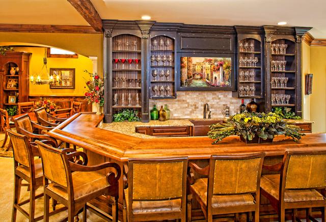 Traditional Basement traditional-home-bar