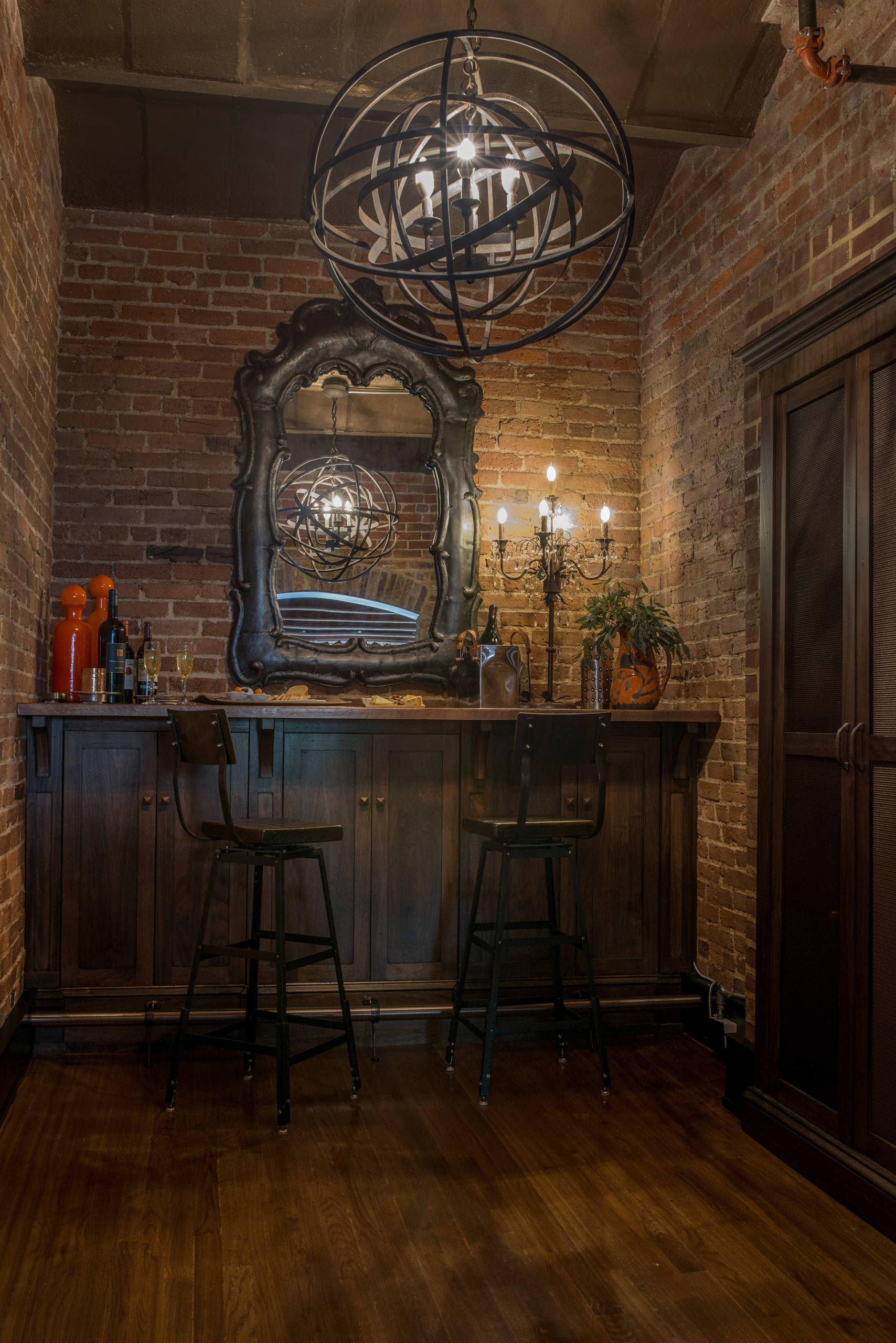 Chaise En Bois Repeinte 75 beautiful industrial home bar with no sink pictures