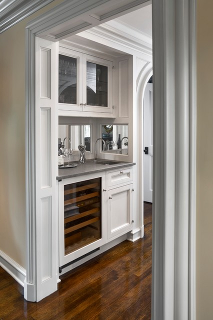 Water View Darien Ct Traditional Kitchen New York By Vicente Burin Architects
