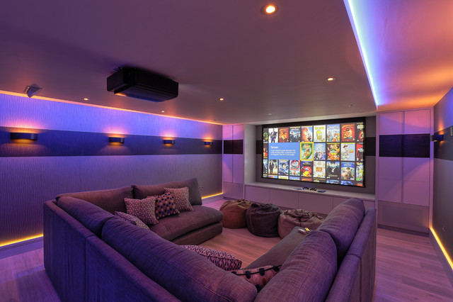 Delicieux Family Cinema Room Contemporary Home Theater