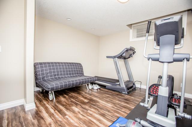 basement development se calgary traditional home gym