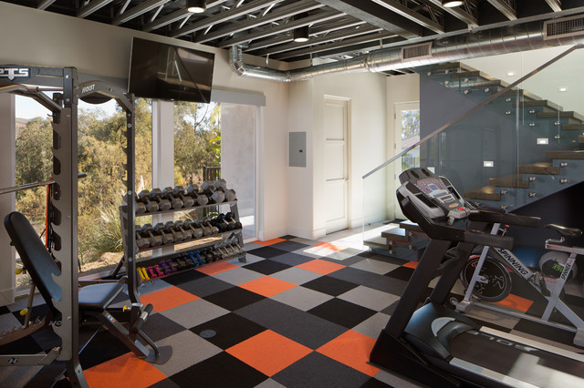 basketball court gym moderne salle de sport san diego par charco design build inc. Black Bedroom Furniture Sets. Home Design Ideas