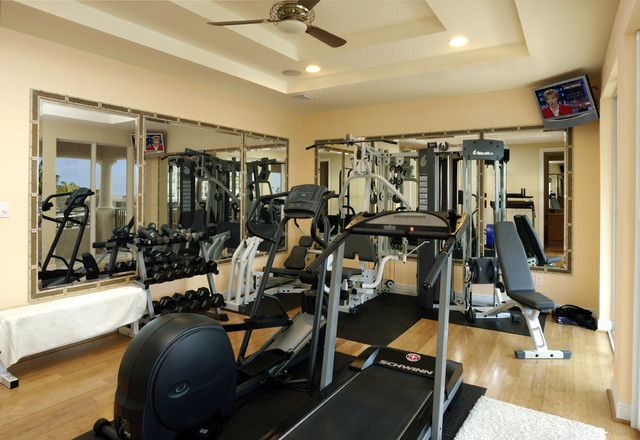 Home Gym Design: Contemporary Intracoastal Home