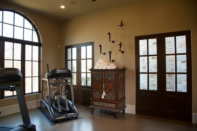 Country French in College Station, Texas traditional-home-gym