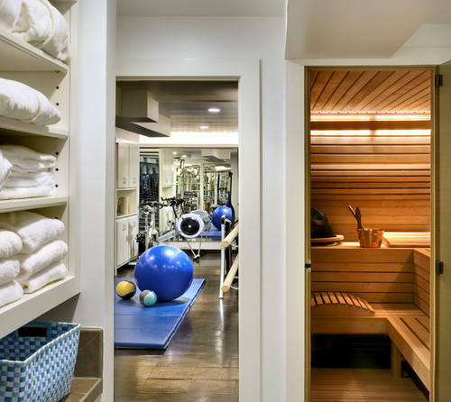 Basement Gym, Photo: Rob Karosis, houzz.com