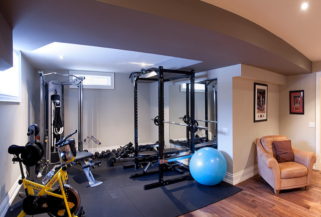 Custom homes kingsway contemporary home gym toronto for Luxury home gym
