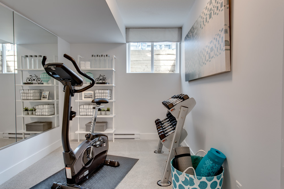 Small minimalist multiuse home gym photo in Vancouver