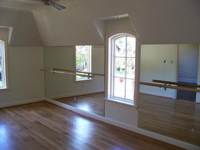Ellen Grasso Inc traditional-home-gym