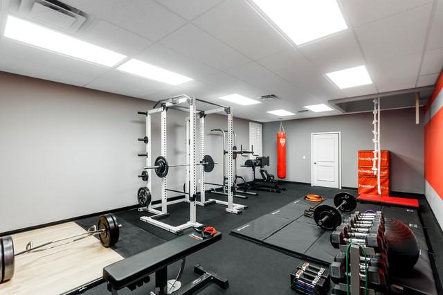 gym moderne salle de sport orlando par zoltan construction llc. Black Bedroom Furniture Sets. Home Design Ideas