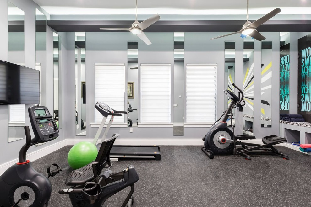 Example of a trendy home gym design in Orlando