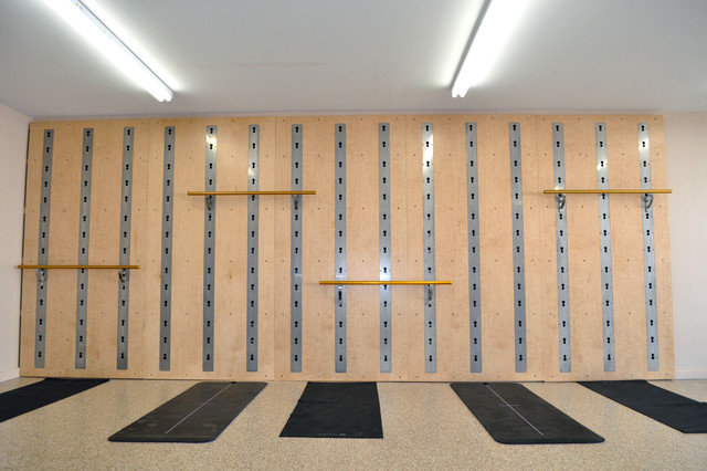 Isawall garage workout room install of five panels
