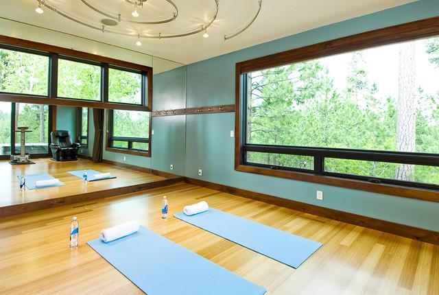 Mountain Contemporary contemporary-home-gym