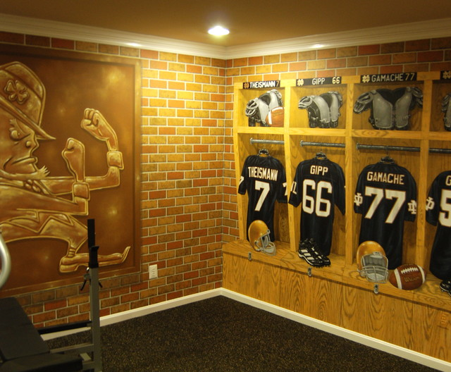 Notre Dame Football Locker Room Mural by Tom Taylor of Mural Art LLC