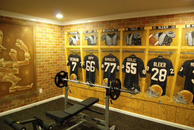 Amazing Notre Dame Football Locker Room Mural By Tom Taylor Of Mural Art LLC In  Florida Traditional Part 9