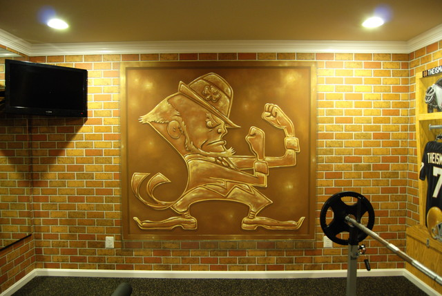 Notre Dame Football Locker Room Mural By Tom Taylor Of Mural Art LLC In  Florida Traditional