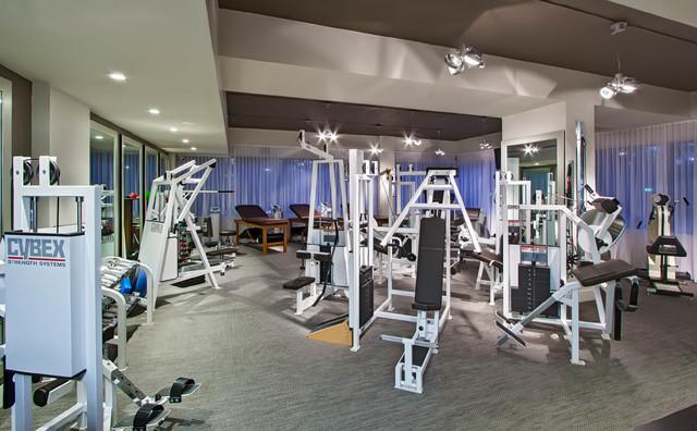 palm eye center 2 contemporain salle de sport miami par studio 33 interiors llc