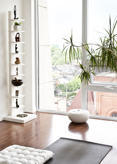 This Airy Penthouse Yoga Room Has All The Elements Of The Most Serene Yoga  Studio: Natural Air Purifiers By Way Of A Potted Plant, Hardwood Floors ...