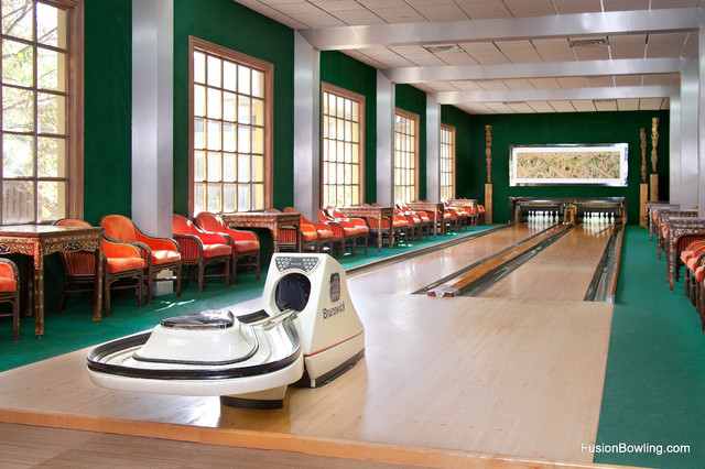 Retro Style Residential Bowling Lanes For Private Estate S