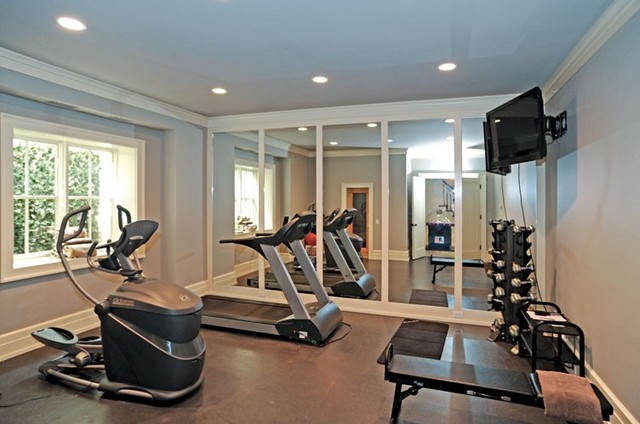 Sag harbor Living room gym