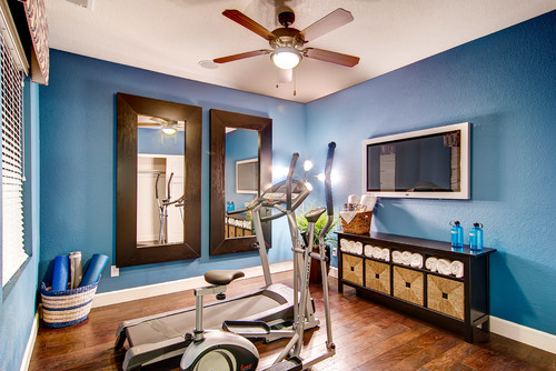 Paint color in home gym for Small exercise room