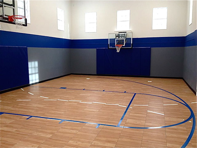 Image gallery home basketball gyms for Design indoor basketball court