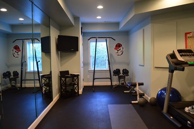 Terrace Level Living traditional-home-gym