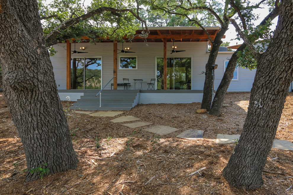 Example of a mountain style home gym design in Austin