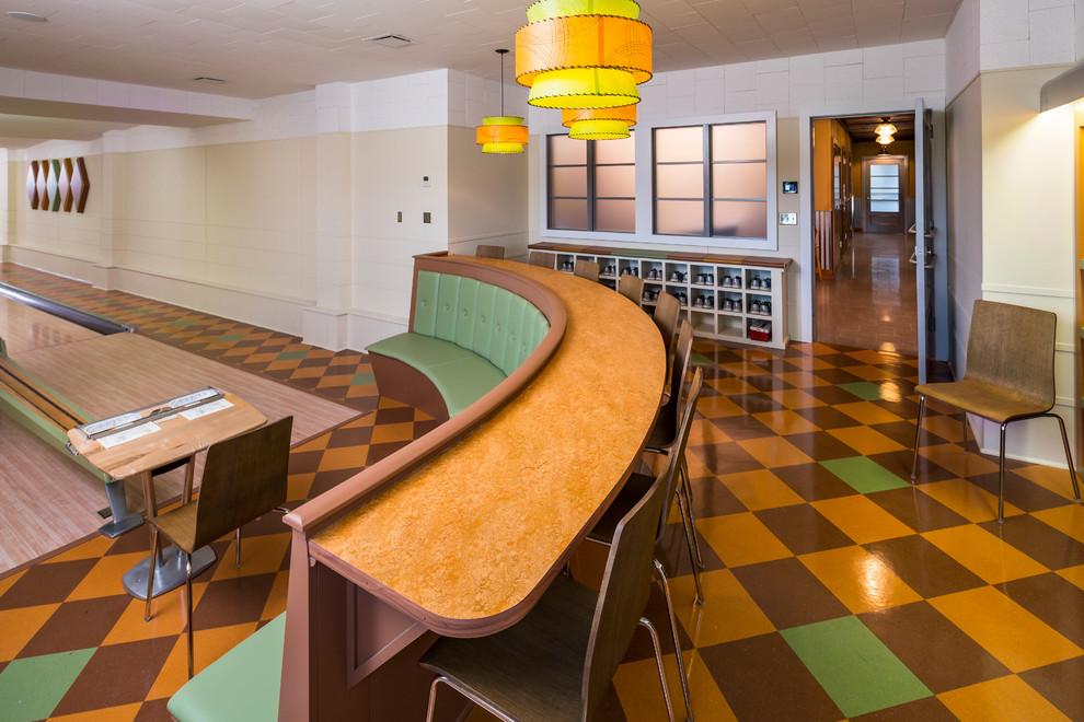 Home gym - modern home gym idea in Minneapolis