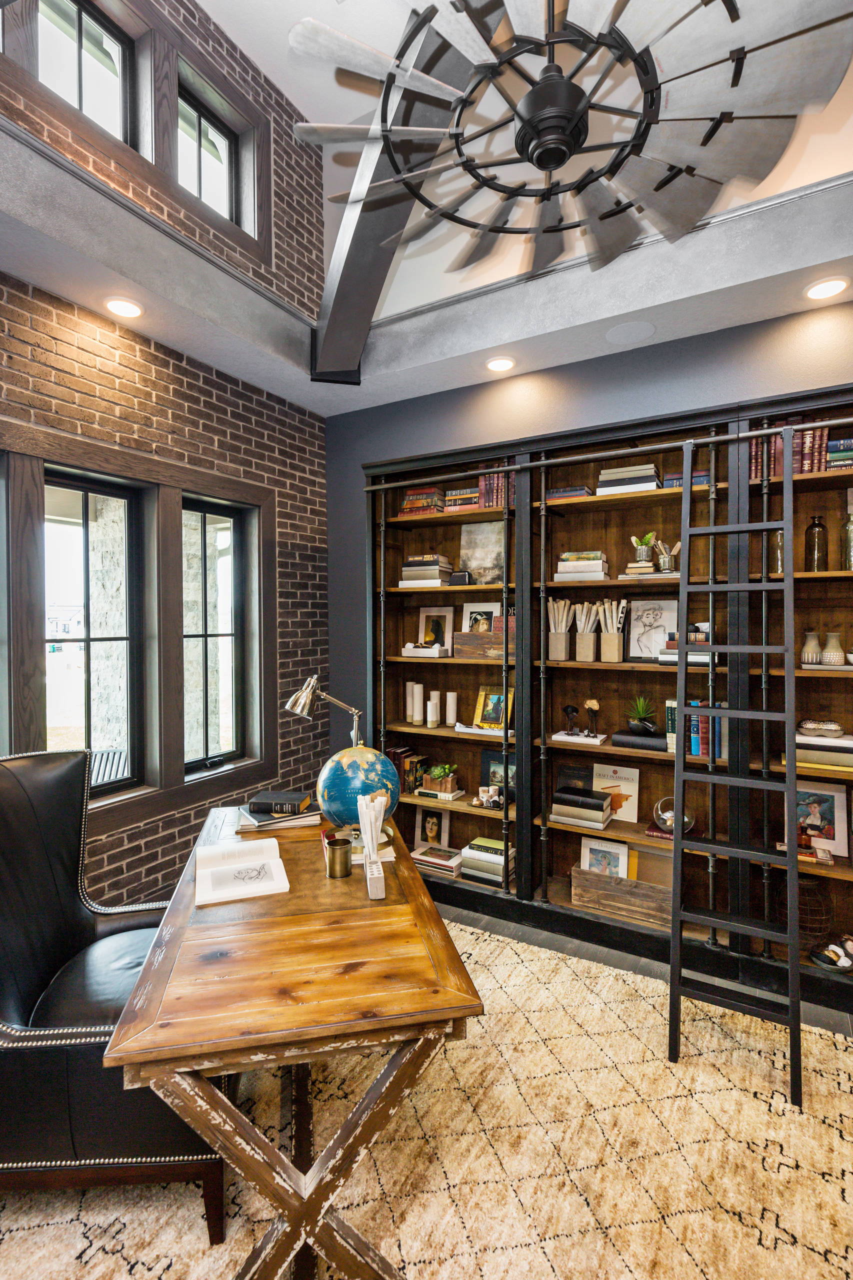 75 Beautiful Industrial Home Office Pictures Ideas February 2021 Houzz