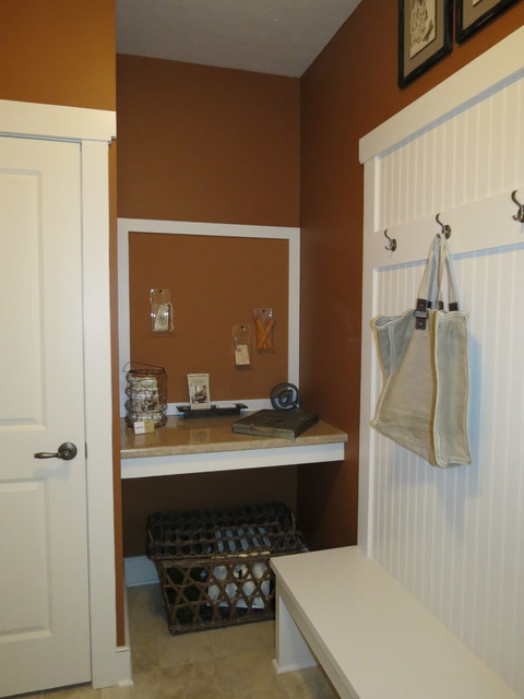 2373 Canterbury Ln - HBA Parade of Homes traditional-home-office