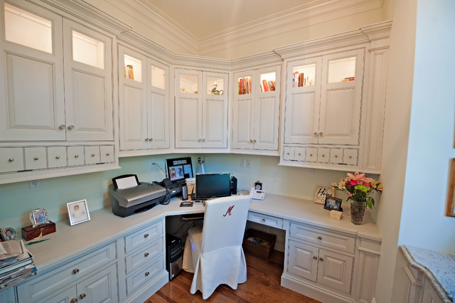 400 Thousand Oaks traditional-home-office