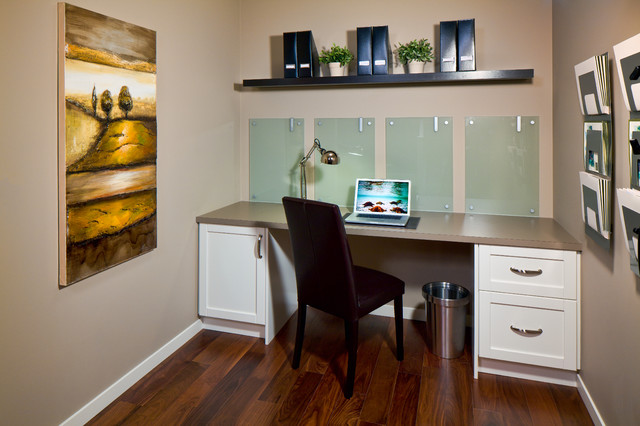 473 New Brighton Drive traditional-home-office