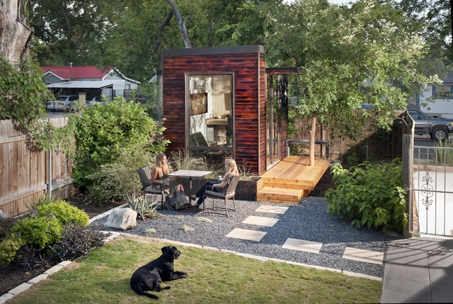 92 square foot backyard office modern home office for 300 square foot shed