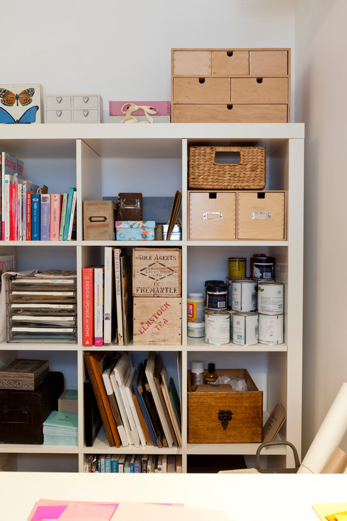 A Junk Room Turned Craft Room