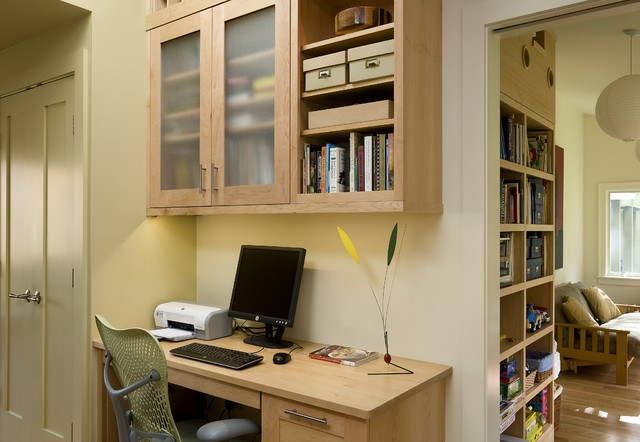 A Ranch Re-dressing Hanover NH contemporary-home-office