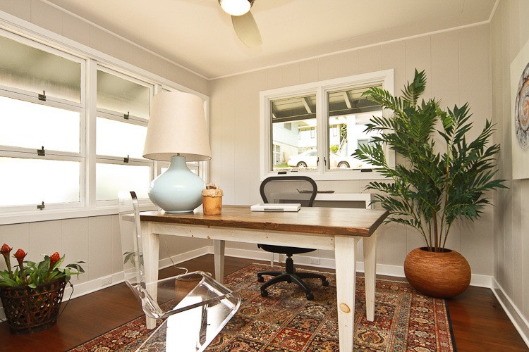 Inspiration for a coastal home office remodel in Hawaii
