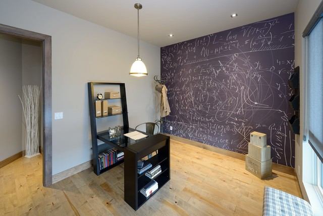 Home office - contemporary home office idea in Calgary