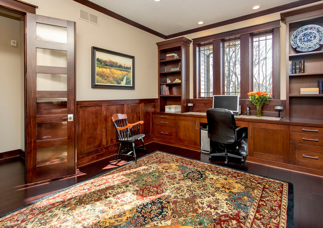 Arrowhead Drive traditional home office