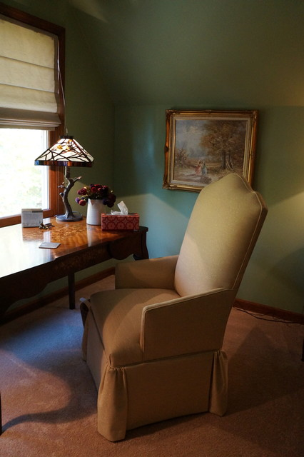 Inspiration for a large craftsman built-in desk carpeted study room remodel in Indianapolis